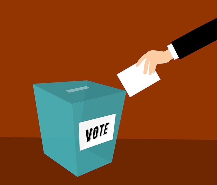 Should Rational People Vote?